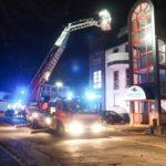 FW-MK: Zimmerbrand in der Nacht